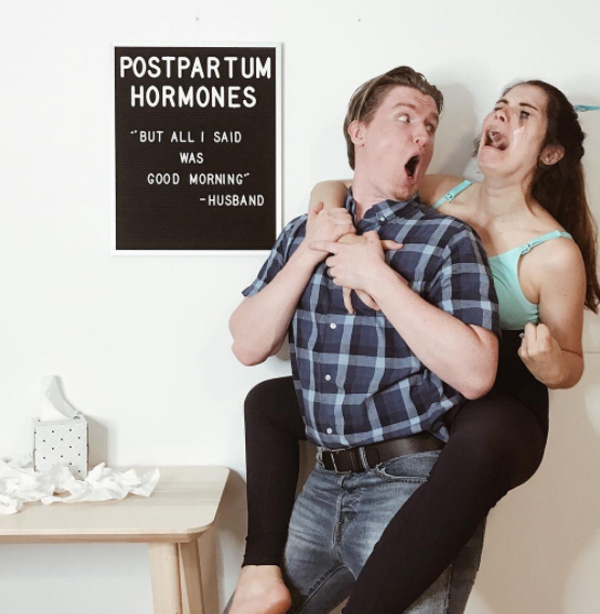 mom shares funny pregnancy photos timeline black board letters