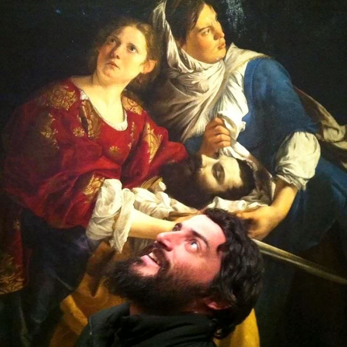 people who found their past self in museum painting