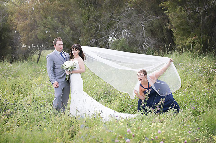 maid of honor funny photo shoot bride and groom