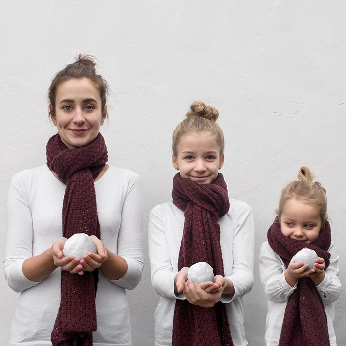 mom  two daughters matching outfits pictures