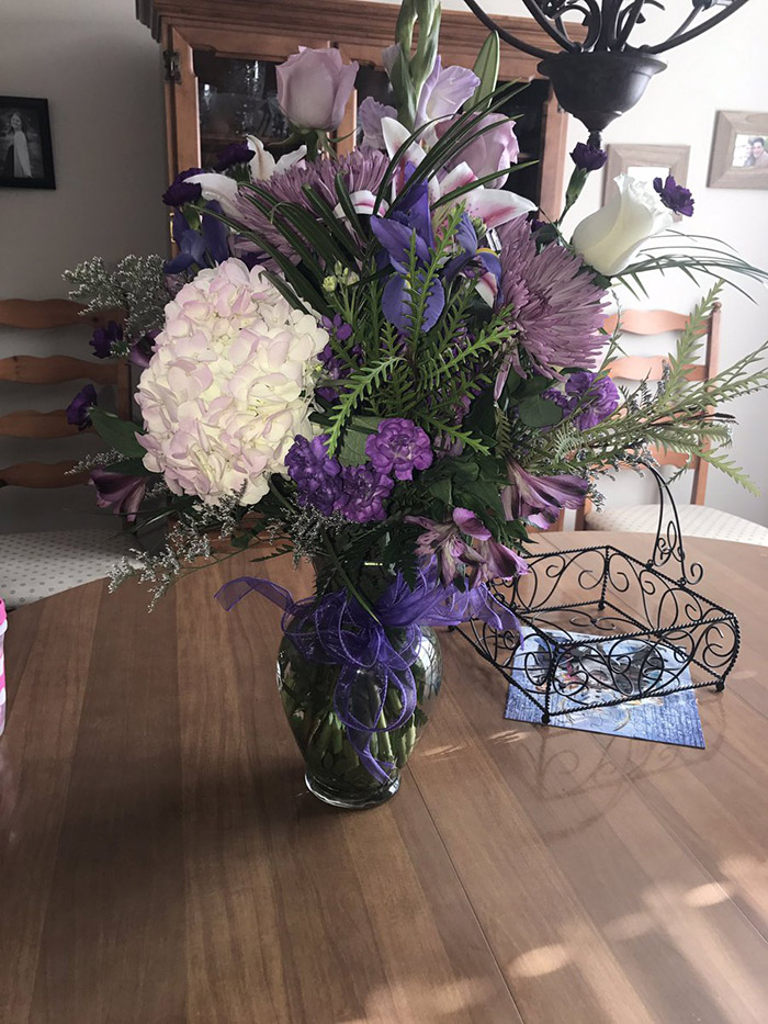 dad died sends flowers to daughter on birthday every year
