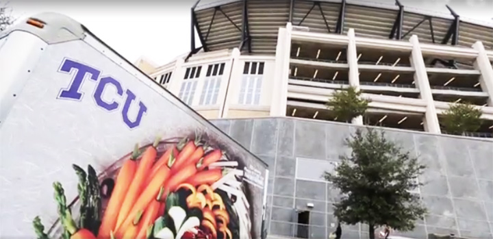 TCU food recovery for homeless shelter after games