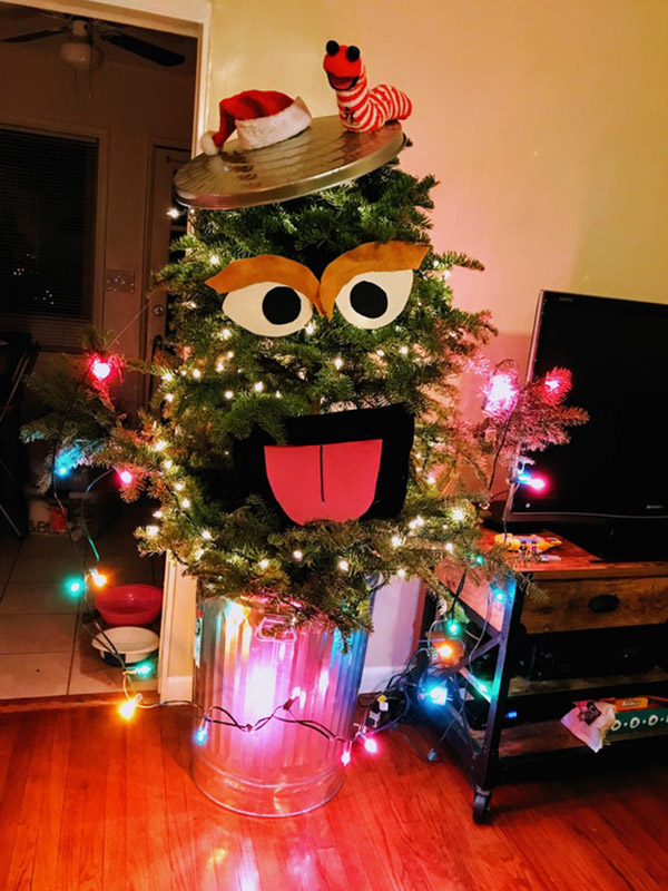 christmas tree misfit grouch can