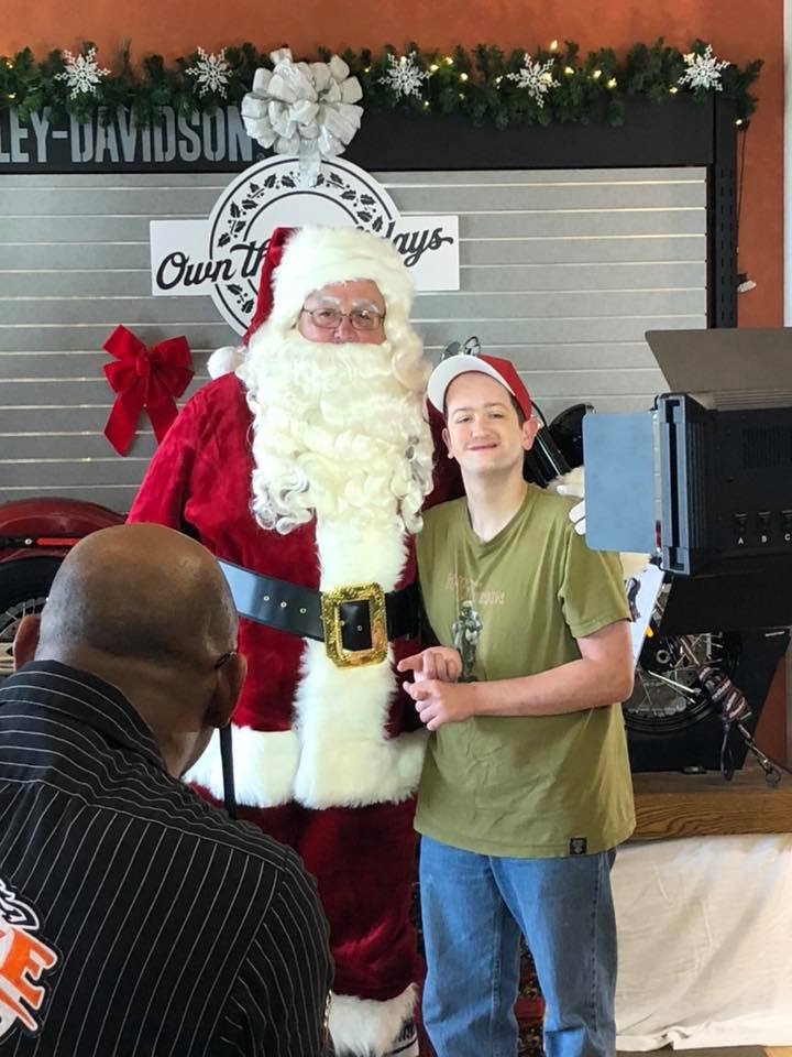 man rare disorder so excited to meet Santa video pallone
