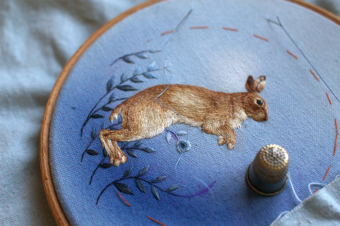 artist detailed animal embroideries