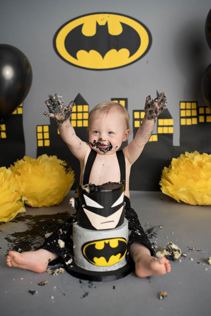 One Year Old Whose Name Is Batman Has Epic Smash Cake