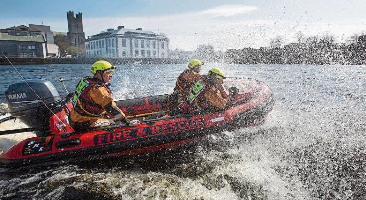 firefighters rescue woman drowning by her fingertips