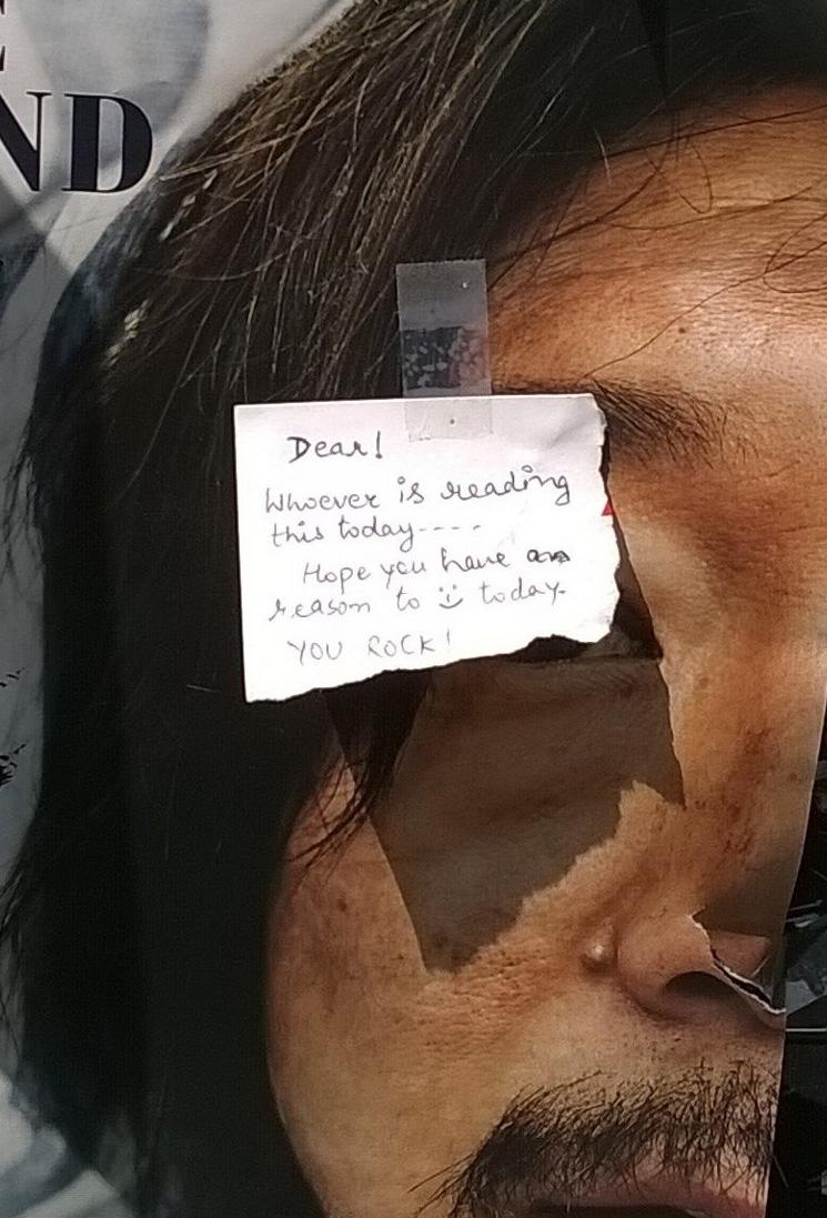 happy note in public