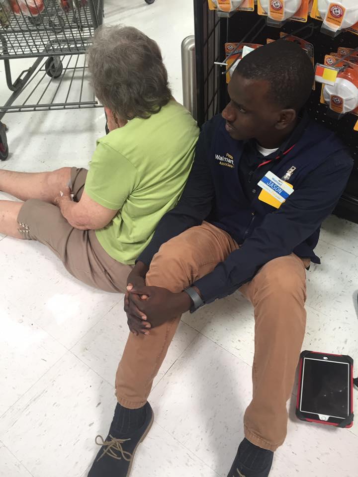 walmart employee act of kindness