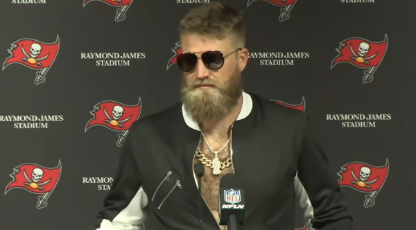 Ryan Fitzpatrick Gives Hilarious Post Game Interview