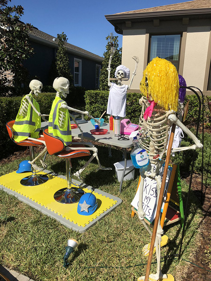 halloween skeletons funny ideas