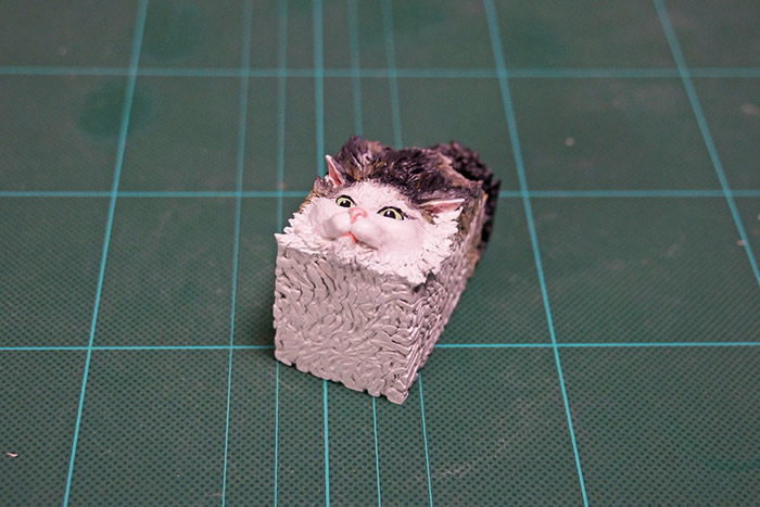 guy turns funny cat pictures memes into 3D figurines