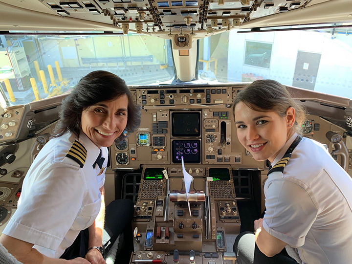 mother daughter pilots