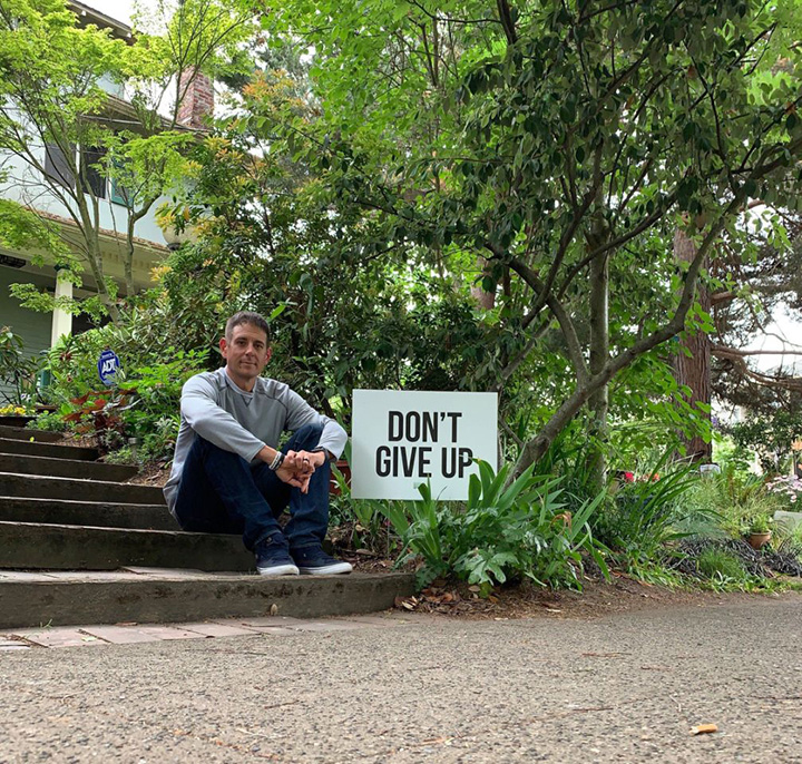dad posts signs for depression suicide