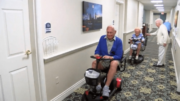 100 year olds fall in love nursing home