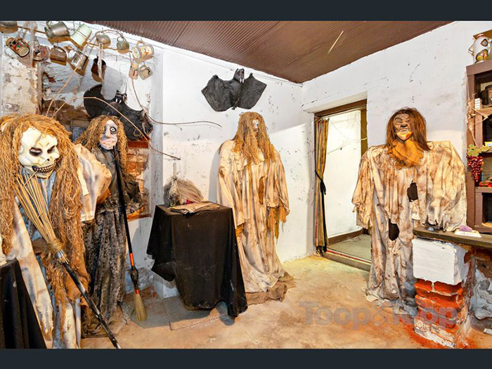 creepy mansion for sale haunted house southern australia
