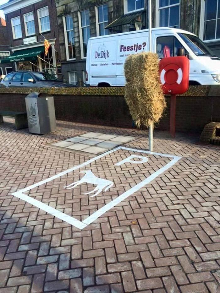 horse parking spot