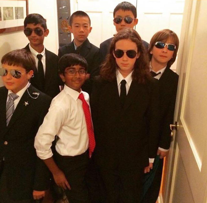 kids dress as secret service for relgious friend halloween