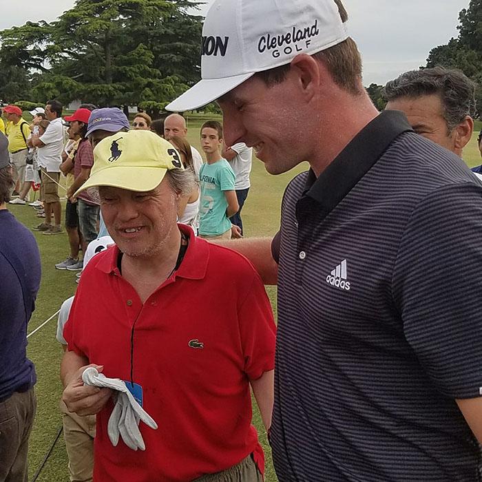 pro golfer forgives fan down syndrome