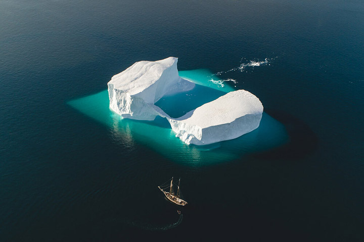 Photographer Captures Amazing Shot Of Ship In Front Of Iceberg Co9w4-ship-iceberg-2