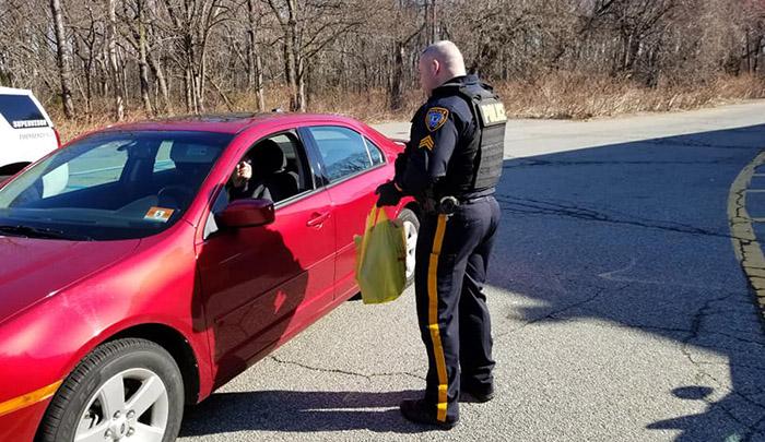 police helping seniors coronavirus