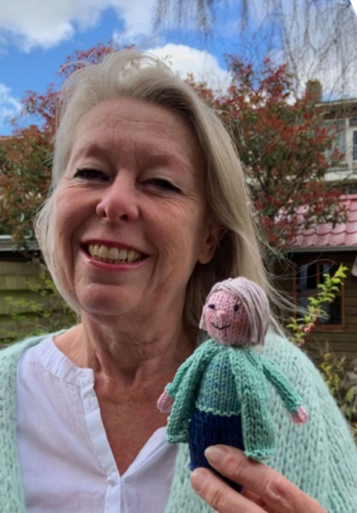 teacher knits dolls of students