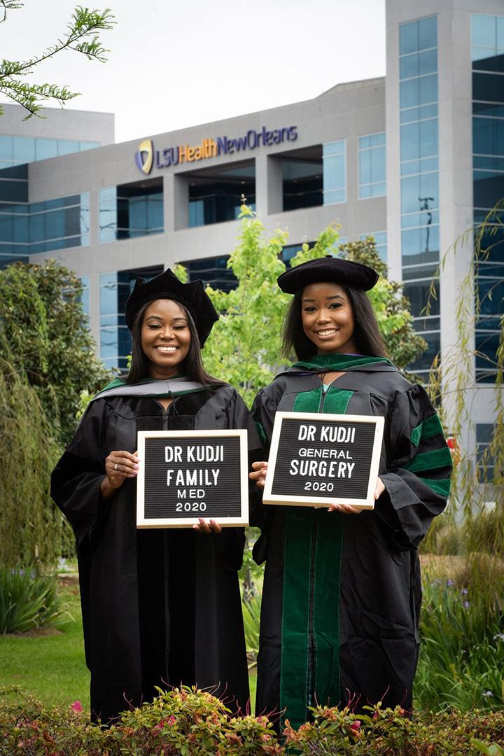 mother daughter graduate med school