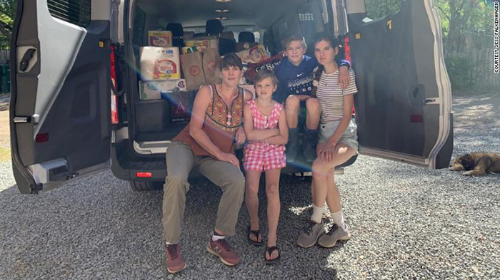 8th graders donate school trip money to Navajo