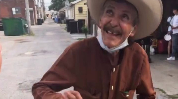 gofundme mexican street vendor chicago paletas