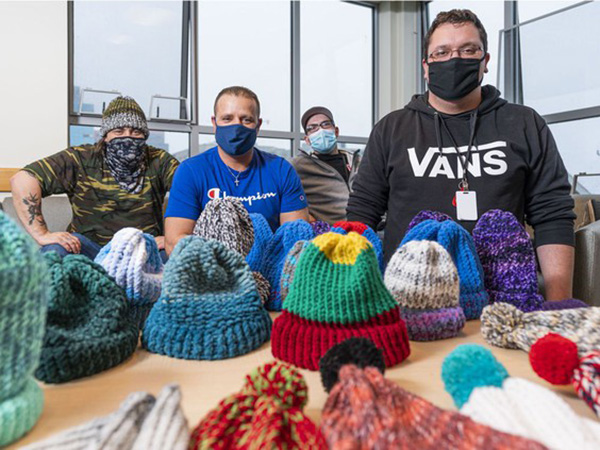 knitting helps men in recovery