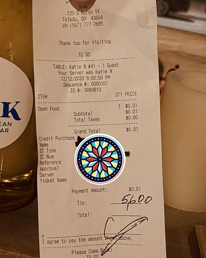 customer leaves 5 thousand dollar tip restaurant staff