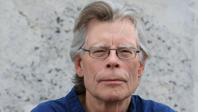 Stephen King helps students publish book