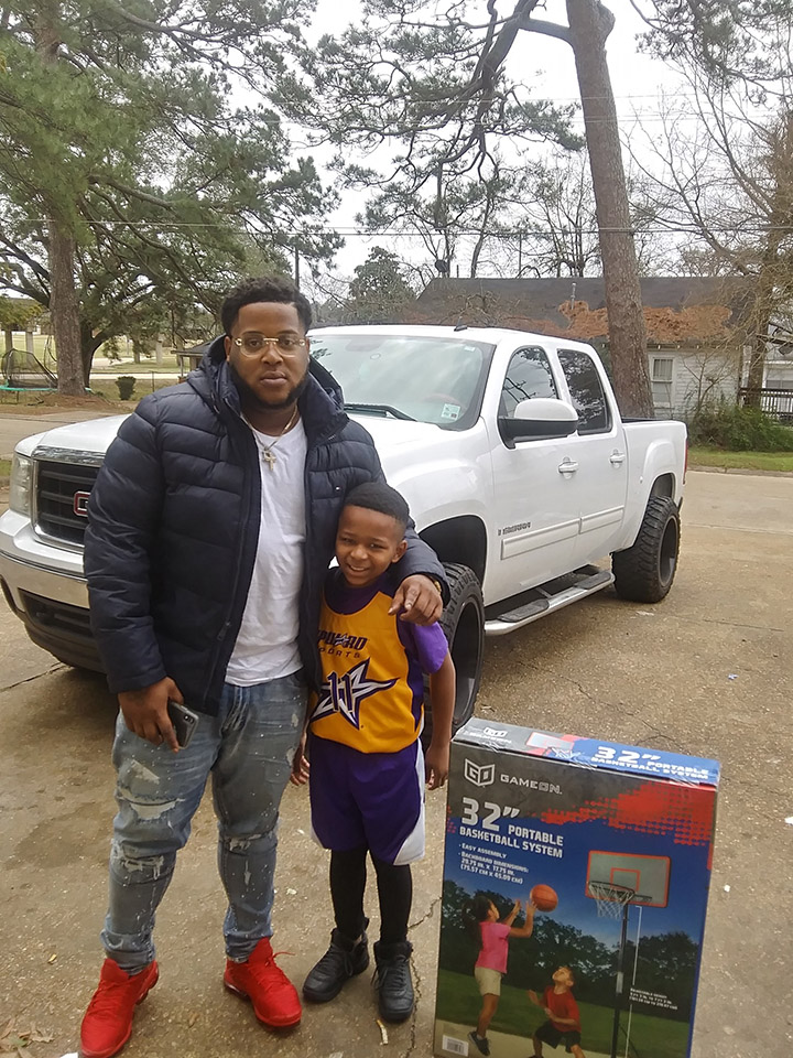 act of kindness basketball hoop for kid