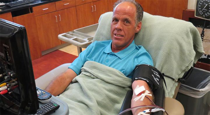 man donates 120 gallons platelets