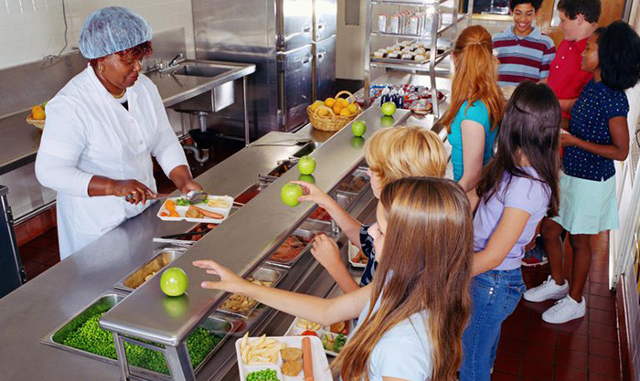Maine free school lunches all students