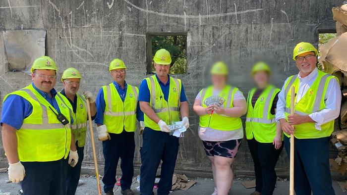 trash company finds missing 25k